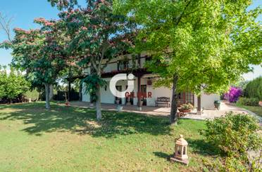 House or chalet for sale in Simon Verde