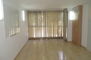 Oficina de alquiler en Carrer Enric Alzamora, Centre