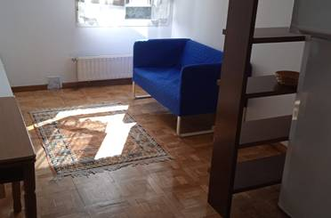 Apartamento de alquiler en Calle Antonio Maura, 15, Vallobín