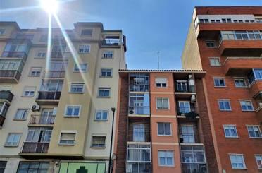Piso en venta en Avenida de Cataluña,  Zaragoza Capital