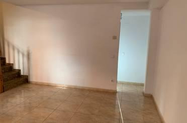 Casa adosada de alquiler con opción a compra en Calle Escultor Dionisio Lasuen, La Muela
