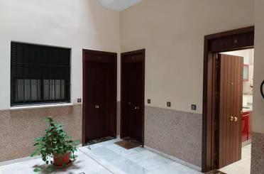 Apartamento de alquiler con opción a compra en Calle Castilla,  Sevilla Capital
