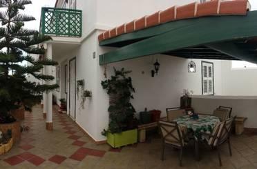 Casa adosada de alquiler en Arico