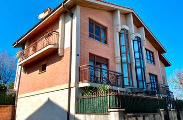 Casa adosada en venta en Camino de Altxuene, Donostia - San Sebastián