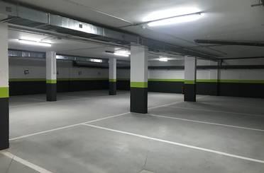 Garaje de alquiler en Calle Giner de Los Ríos, Val