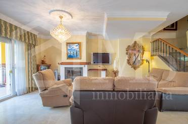 Casa adosada en venta en Torre del Mar